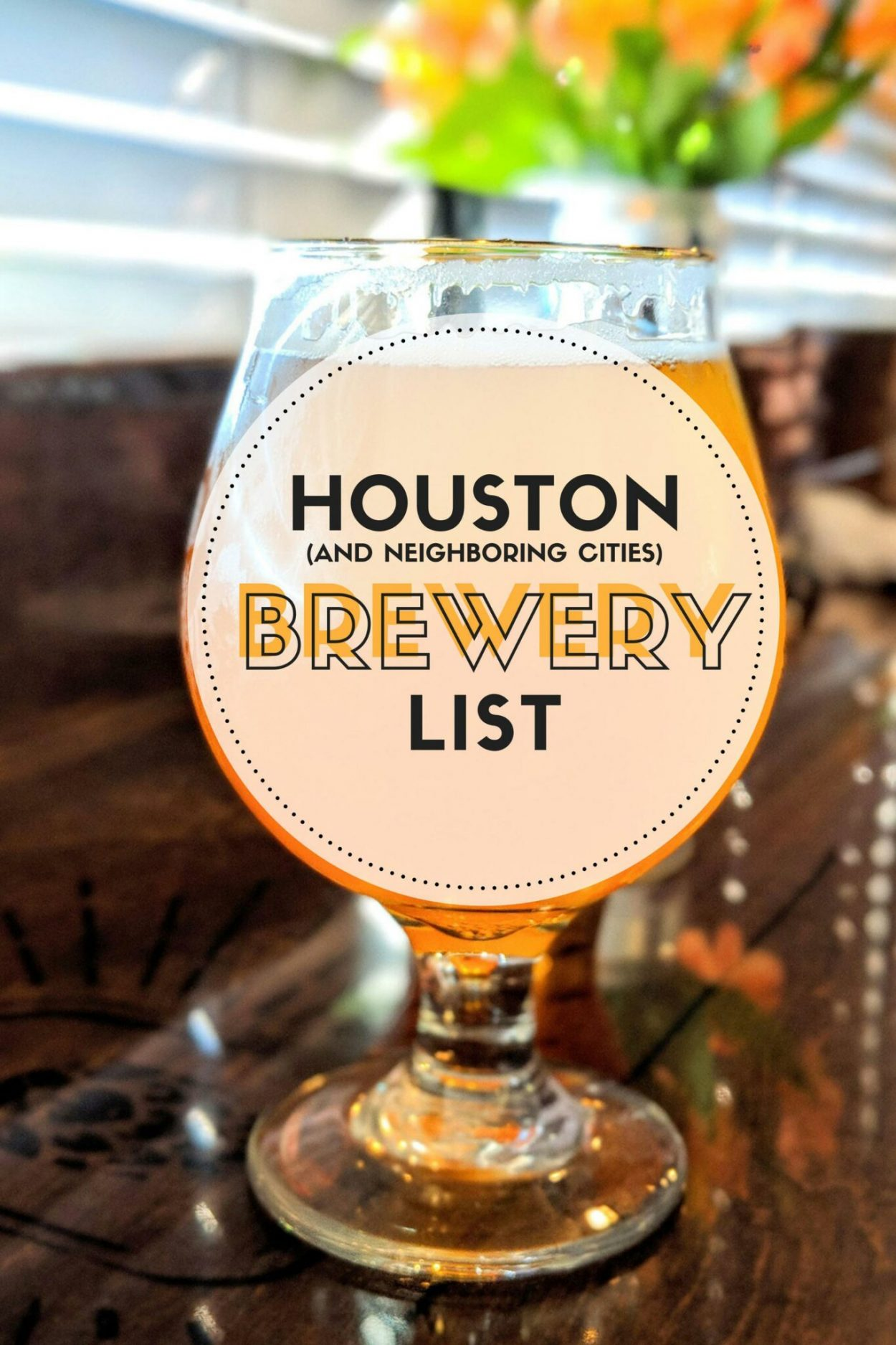 A list of Houston breweries. Along with breweries near Houston in areas like Galveston, Conroe, and near NASA. Updated often! // #ElleTalk #Beer #Travel #Traveling #Brewery #CraftBeer
