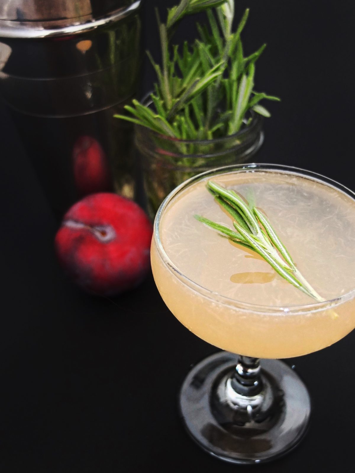 A fall light rum cocktail recipe that