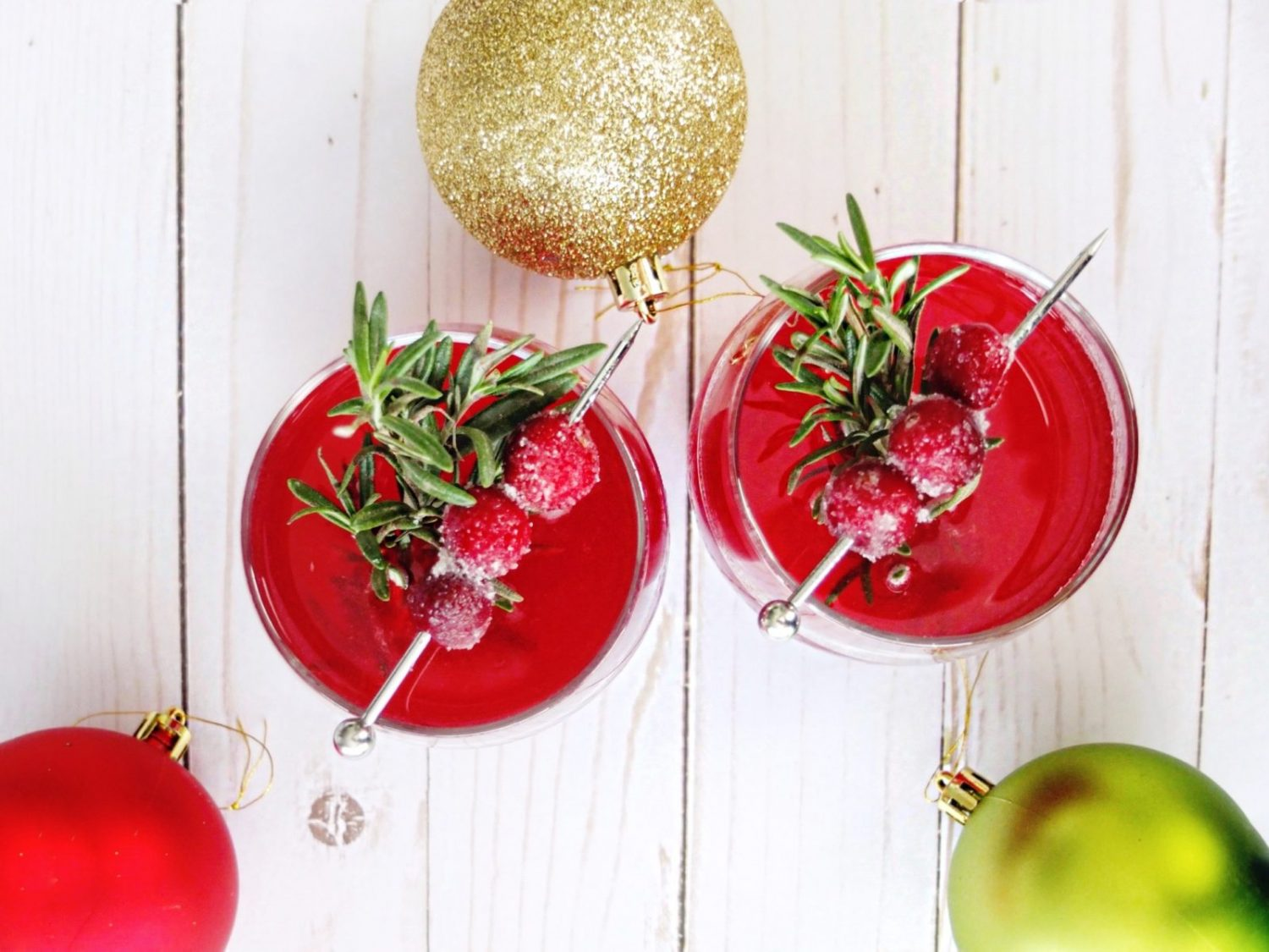 Use a holiday leftover, cranberry sauce in this cocktail recipe for a cape codder. An easy to make holiday vodka cocktail. // www.ElleTalk.com
