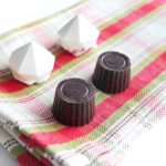 How to make Baileys Liqueur Truffles in Dark Chocolate Ganache Truffles and White Chocolate Blackberry Truffles. Plus some help tips to truffle candy making. This uses Wilton Candy Melts. // www.ElleTalk.com