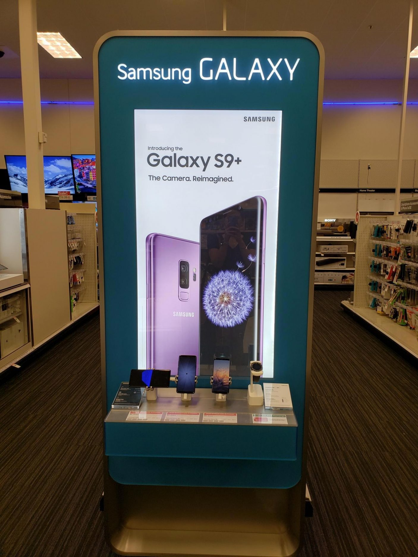 Target In Store Photo GS9+.jpg