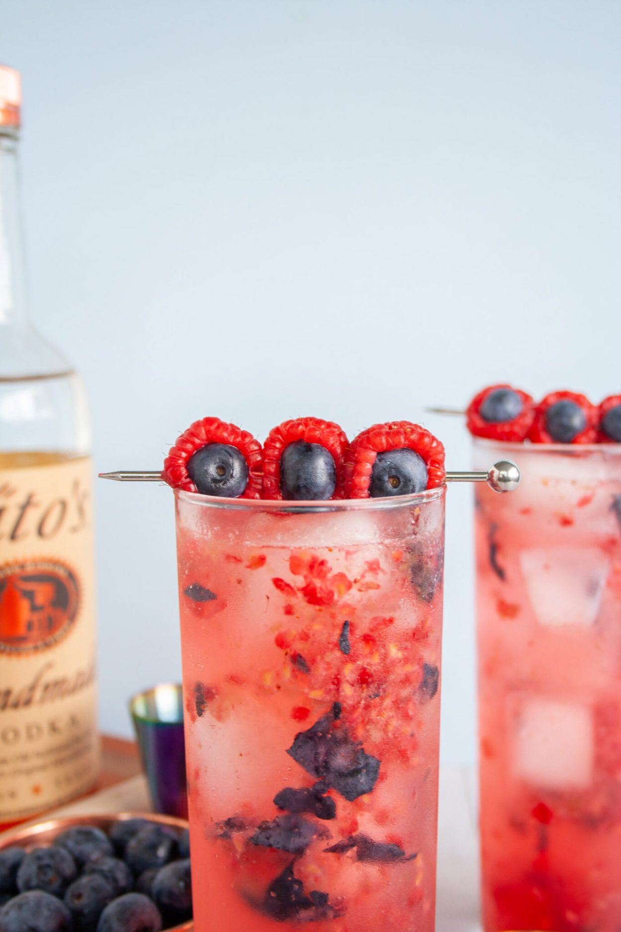 "Brasperry Crush Cocktail. Refreshing blueberry and raspberry cocktail made with vodka and sparkling lemonade inspired by Justin Timberlake's ""Braspberry"". Recipe for ages 21+. Easy summer cocktail, easy berry cocktail! 